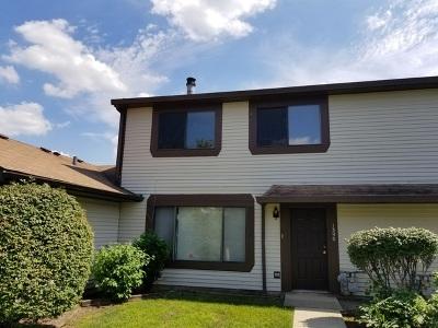 Hanover Park Condo/Townhouse For Sale: 1390 Pebblebeach Drive