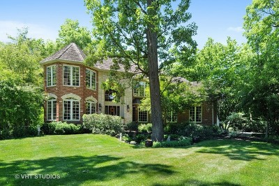 Naperville Single Family Home For Sale: 215 Crooked Tree Court