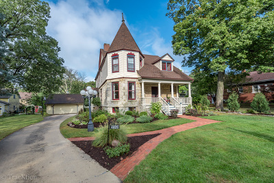 Downers Grove Single Family Home Contingent: 4820 Oakwood Avenue
