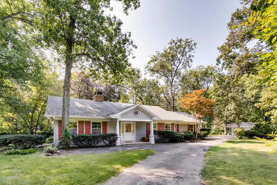 Batavia Single Family Home New: 38w233 Deerpath Road