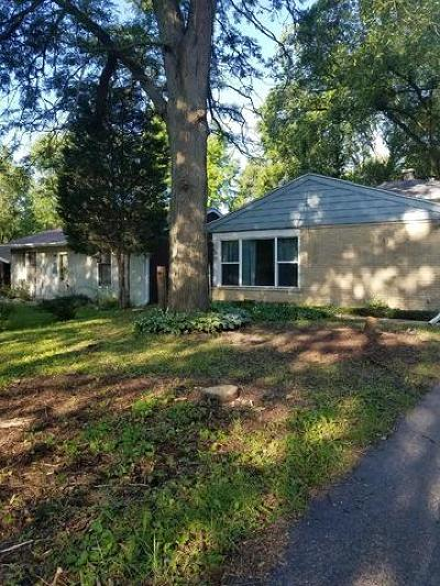 Crystal Lake Single Family Home For Sale: 206 Rose Avenue