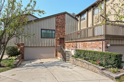 Willowbrook Condo/Townhouse For Sale: 64 Portwine Road