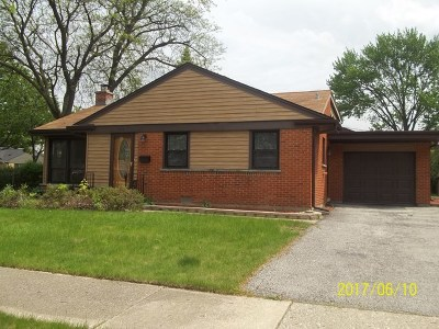Elmhurst Single Family Home For Sale: 446 East Atwater Avenue