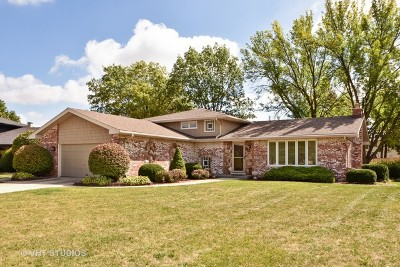 Orland Park Single Family Home For Sale: 15423 Edgewood Drive