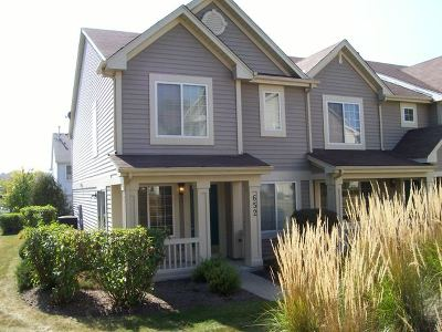 Fox Lake Condo/Townhouse For Sale: 652 Key Largo Drive