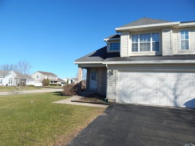 Oswego Condo/Townhouse Re-Activated: 562 Heritage Drive