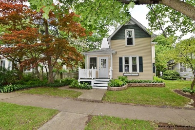 St. Charles Single Family Home For Sale: 1007 South 4th Street