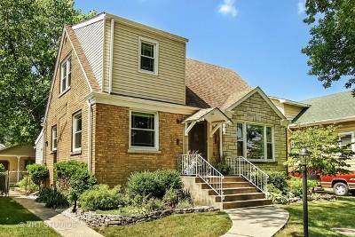 North Riverside Single Family Home Contingent: 2516 Burr Oak Avenue