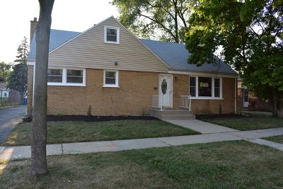 Bellwood Single Family Home Contingent: 524 Granville Avenue