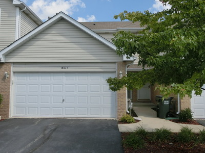 Tinley Park Condo/Townhouse For Sale: 18277 Kirby Drive