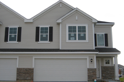 Pingree Grove Condo/Townhouse New: 658 Anchorage Court