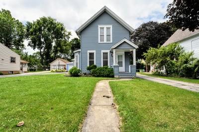 Elgin Single Family Home New: 116 Vine Street