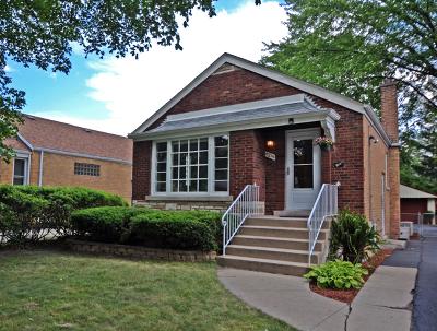 Evergreen Park Single Family Home Contingent: 9215 South Sacramento Avenue