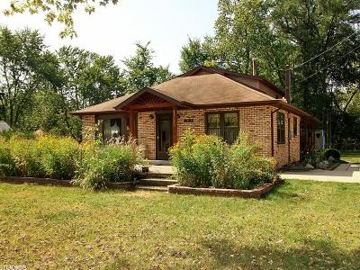 Tinley Park Single Family Home New: 17640 Highland Avenue