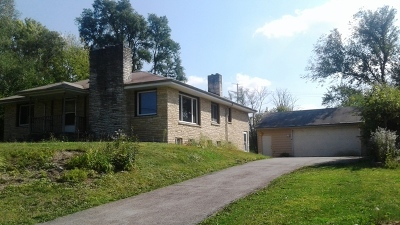 Lombard Single Family Home For Sale: 811 Hoyle Road