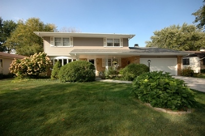 Elgin Single Family Home New: 1766 Country Knoll Lane