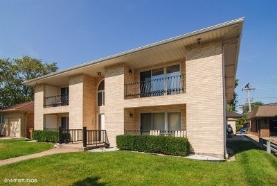 North Riverside Condo/Townhouse Contingent: 8416 West 26th Street #4