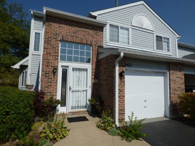 Carol Stream Condo/Townhouse For Sale: 543 Canterbury Drive #543