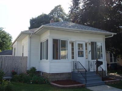 Aurora Single Family Home Contingent: 544 West Park Avenue