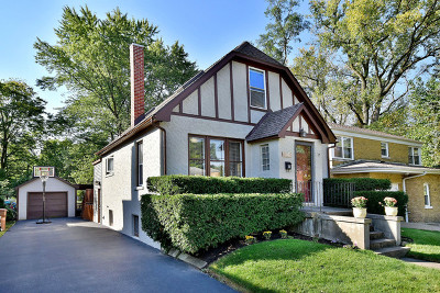 North Riverside Single Family Home For Sale: 8127 West 26th Street
