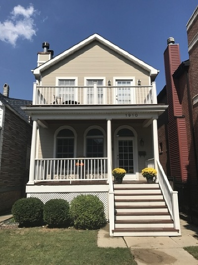 Single Family Home For Sale: 1910 West Barry Avenue