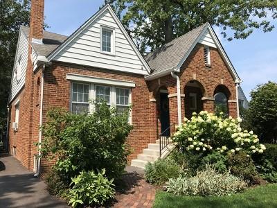 Villa Park Single Family Home For Sale: 838 South Michigan Avenue