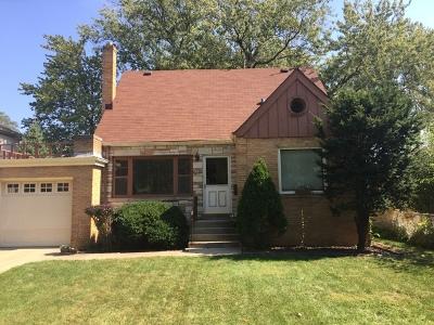 La Grange Single Family Home For Sale: 321 South Gilbert Avenue