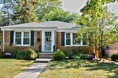 La Grange Park Single Family Home Contingent: 715 Forest Road
