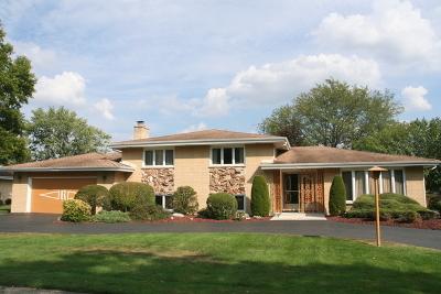 Palos Heights, Palos Hills Single Family Home For Sale: 12239 South Oak Park Avenue