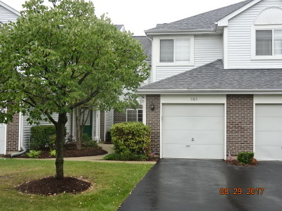 Lombard Condo/Townhouse Contingent: 1103 East Cambria Lane South