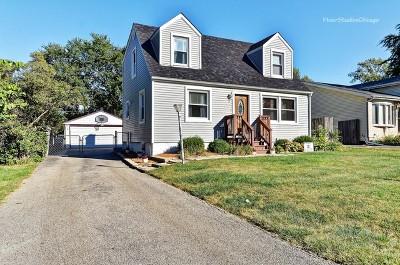 Villa Park Single Family Home For Sale: 907 North Yale Avenue