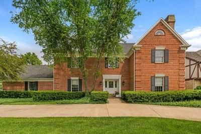 Burr Ridge Single Family Home For Sale: 8931 Royal Drive