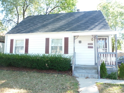 Calumet Park Single Family Home For Sale: 12727 South Throop Street
