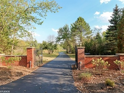 Barrington Hills Single Family Home For Sale: 315 Dundee Road
