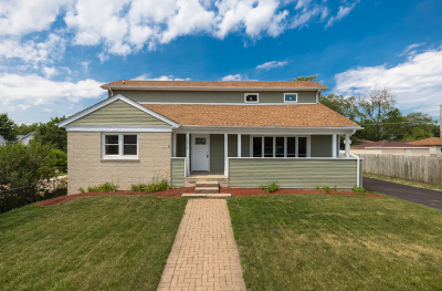 Evergreen Park Single Family Home Price Change: 2618 West 98th Street