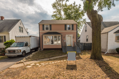 South Holland Single Family Home For Sale: 509 East 161st Place