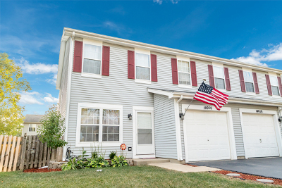 Plainfield Condo/Townhouse Contingent: 14020 South Oakdale Circle #1