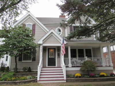 Villa Park Single Family Home Contingent: 703 South Yale Avenue