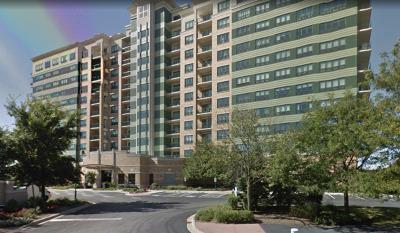 Woodridge Condo/Townhouse Contingent: 6420 Double Eagle Drive #907