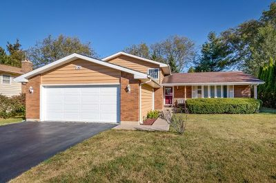 Algonquin Single Family Home Price Change: 730 Chelsea Drive