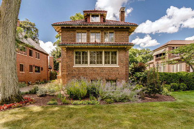 River Forest Single Family Home For Sale: 822 Jackson Avenue