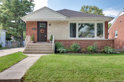 Elmhurst Single Family Home For Sale: 694 South Spring Road