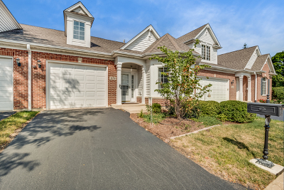 St. Charles Condo/Townhouse For Sale: 470 Delnor Glen Drive