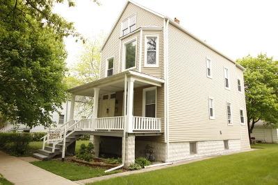 Brookfield Multi Family Home For Sale: 4207 Vernon Avenue
