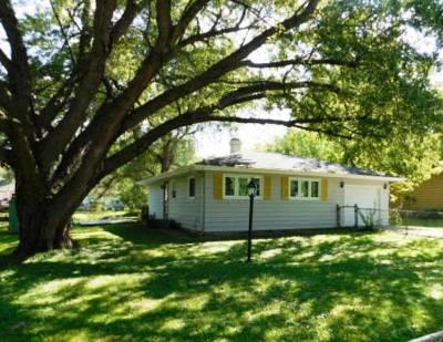 Spring Grove Single Family Home For Sale: 1223 Croyden Street