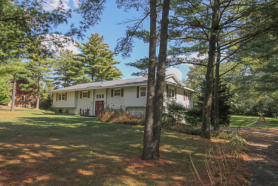 Crystal Lake Single Family Home For Sale: 3302 Red Barn Road