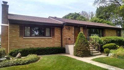 Mount Prospect Single Family Home For Sale: 321 North Elmhurst Avenue