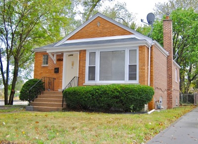 Single Family Home Contingent: 13952 South Tracy Avenue