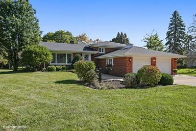 Burr Ridge Single Family Home Contingent: 8039 Creekwood Drive