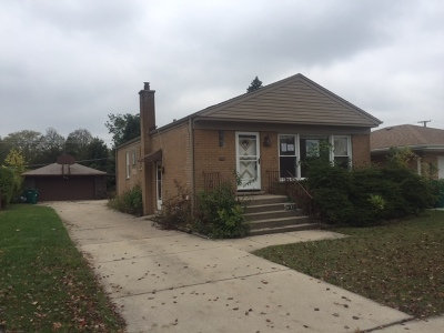 Westchester IL Single Family Home For Sale: $174,900